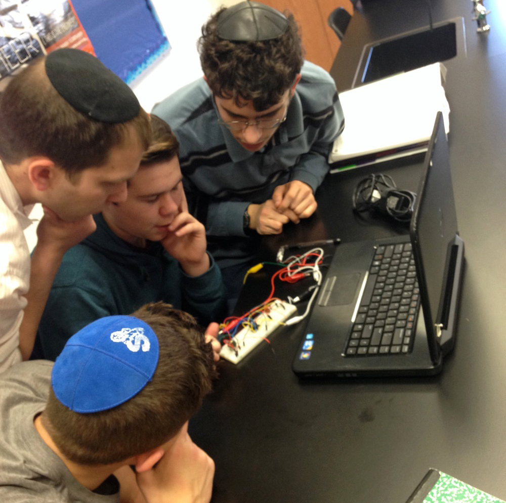 jewish-students-technology